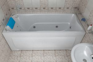 Почему стоит выбрать ванну из акрила?