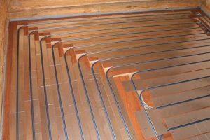 Установка теплого пола на деревянном основании