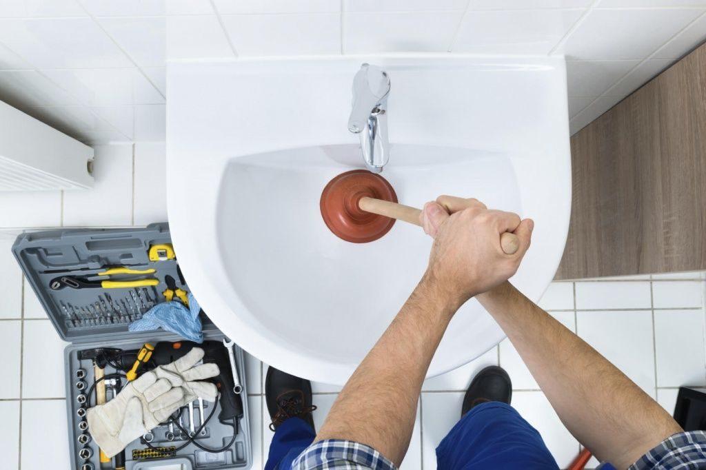 Устранение засора унитаза, раковины, ванны
